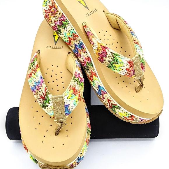 NWOT Volatile Womens 7 M Rainboom Platform Sandals